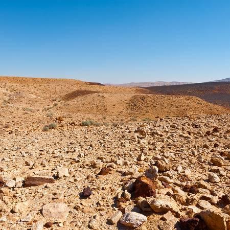 38410784-rocky-hills-of-the-negev-desert-in-israel